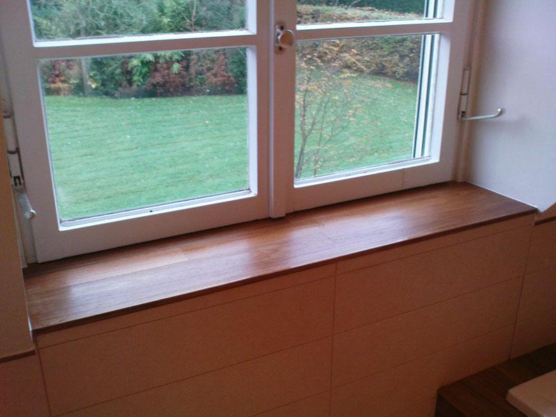 Finitions appui fenêtre en bois
