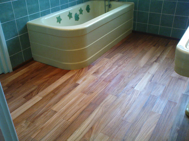 beautiful salle de bain parquet teck images awesome interior home satellite. Black Bedroom Furniture Sets. Home Design Ideas